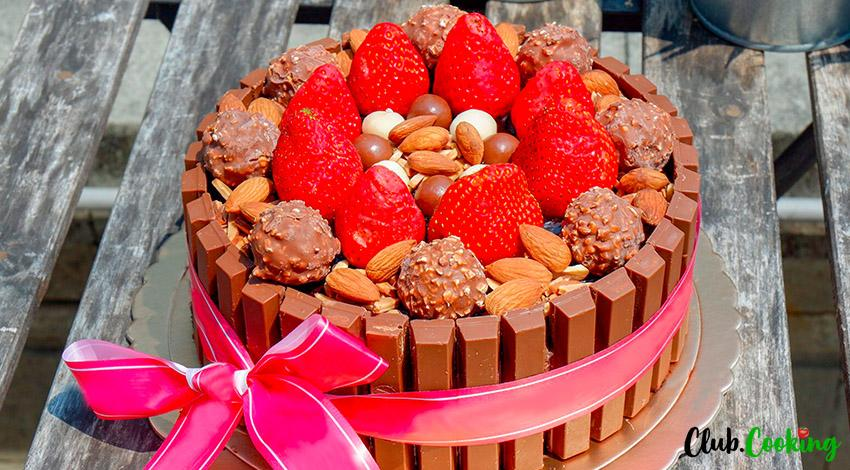 https://club.cooking/wp-content/uploads/2019/05/Kit-Kat-Cake-01-big.jpg