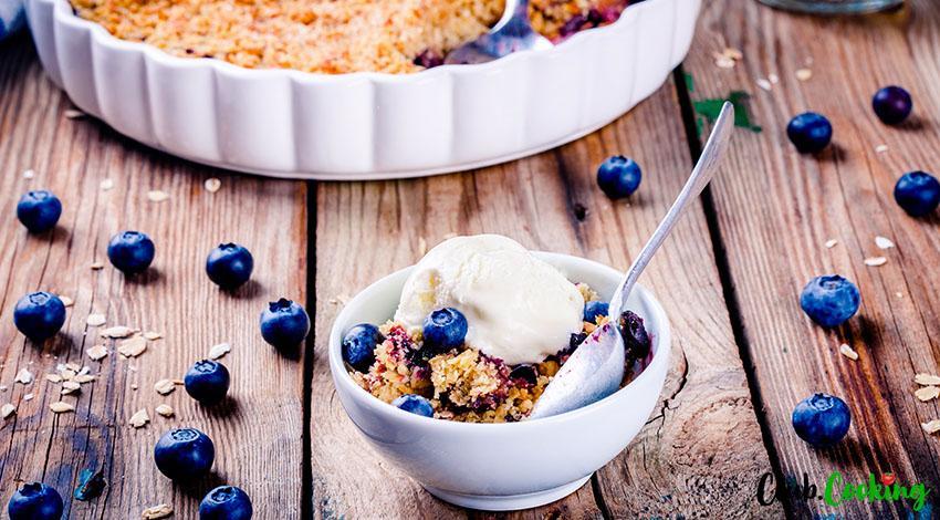Blueberry Dump Cake 🥘