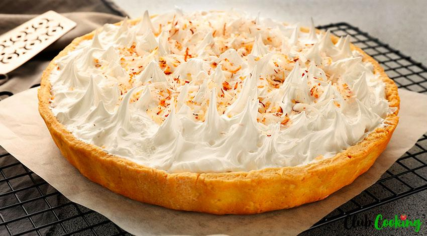 Coconut Custard Pie 🥘