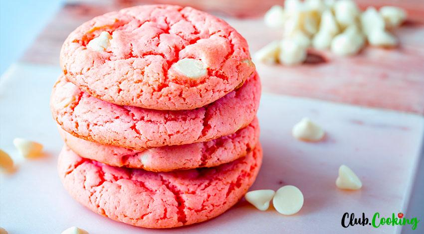 Strawberry Cake Mix Cookies 🥘