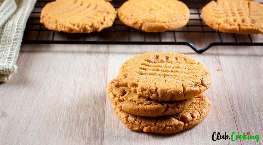 Three Ingredient Peanut Butter Cookies 🥘