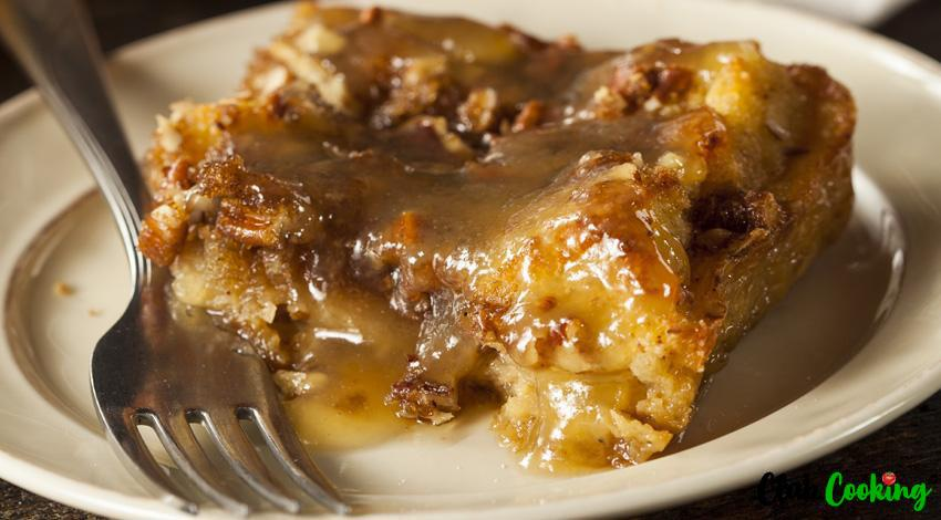 Bread Pudding With Sauce 🥘