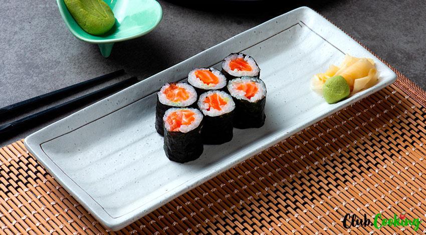 Salmon Sushi 🥘