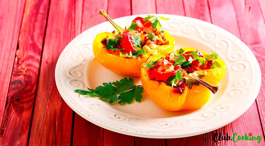 Chicken Stuffed Peppers 🥘
