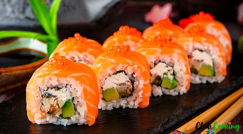 Spicy Salmon Roll 🥘